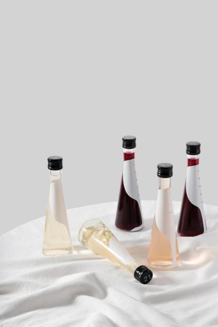 国内首个免杯即饮葡萄酒品牌 Mizzing满赞正式上线