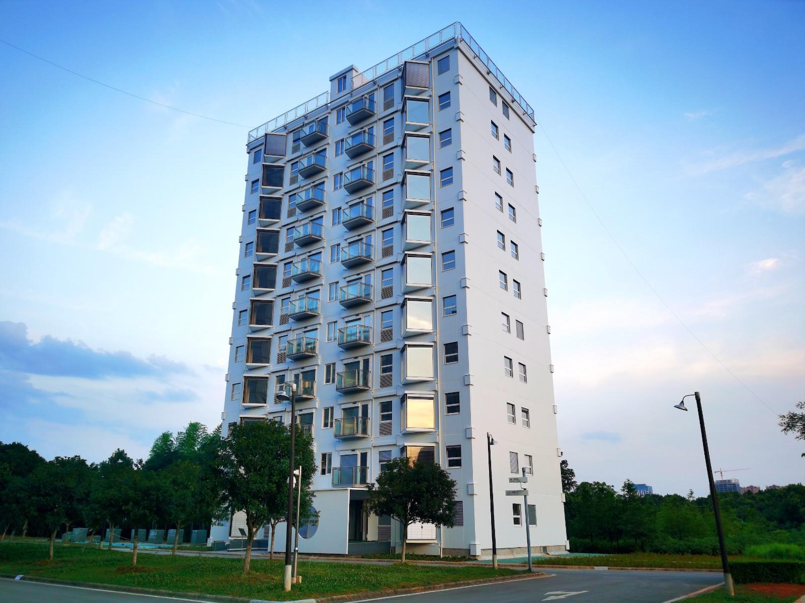 7月28日,城市邻居们齐聚活楼里Holonly,探索邻碳社区的共建