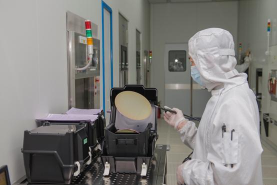 华微电子芯力量 视觉标准再升级