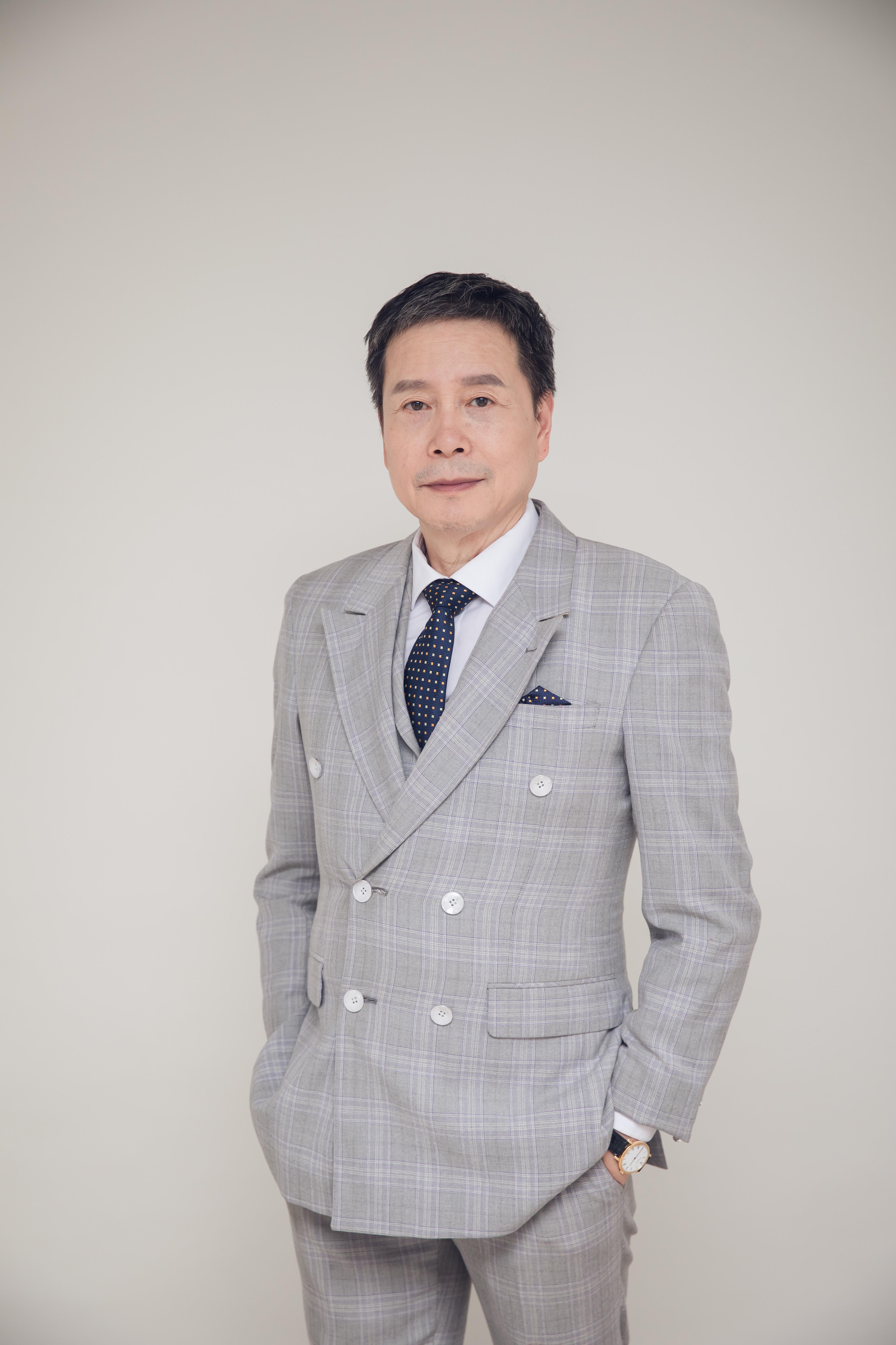 访宁波矢梁电子科技有限公司董事长陈国章