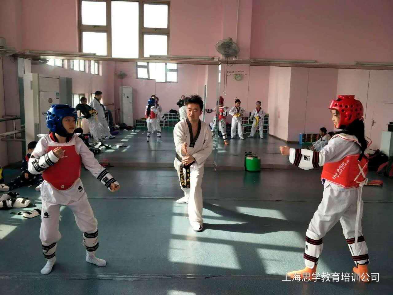 思学教育:桃李云帮培训学校管理软件助力我们发展
