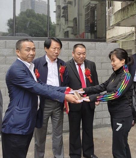 中升乙源公司在宜春市免费加装电梯第一批交付使用