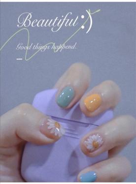 来源于艾婕丝的指尖新时尚,秀出大不同