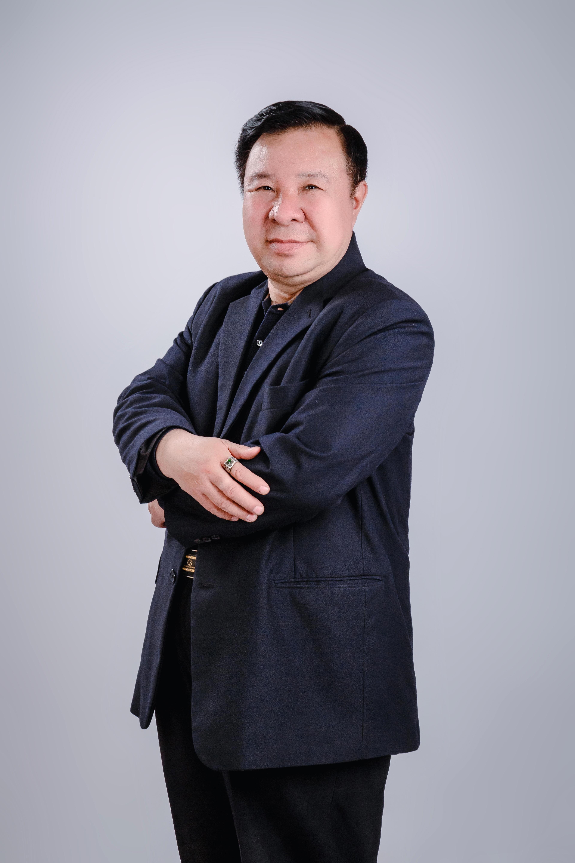 山东世博艺术品鉴定评估有限公司董事长赵唯圣