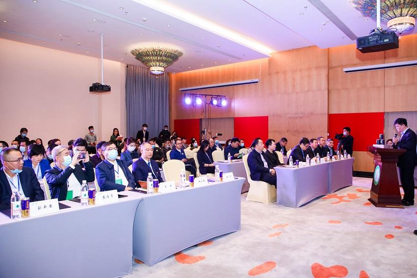 中国茶行业首届公益论坛于勐海举行 小罐茶助农行动获多方点赞