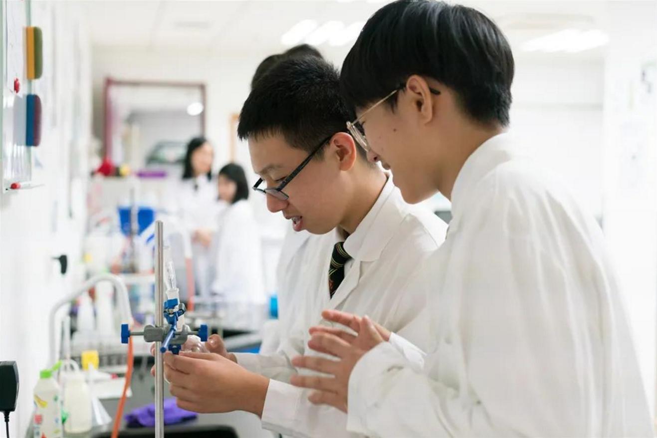 选择惠灵顿天津国际高中的八个理由