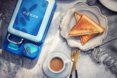 红包OUT了!过年送浩诗HULLSI三明治机,为TA开启花样早餐每一天