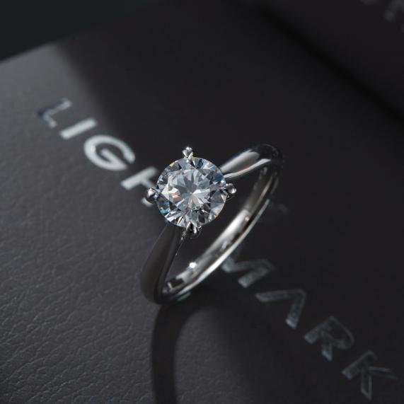 走进全球培育钻石新晋品牌——LightMark小白光