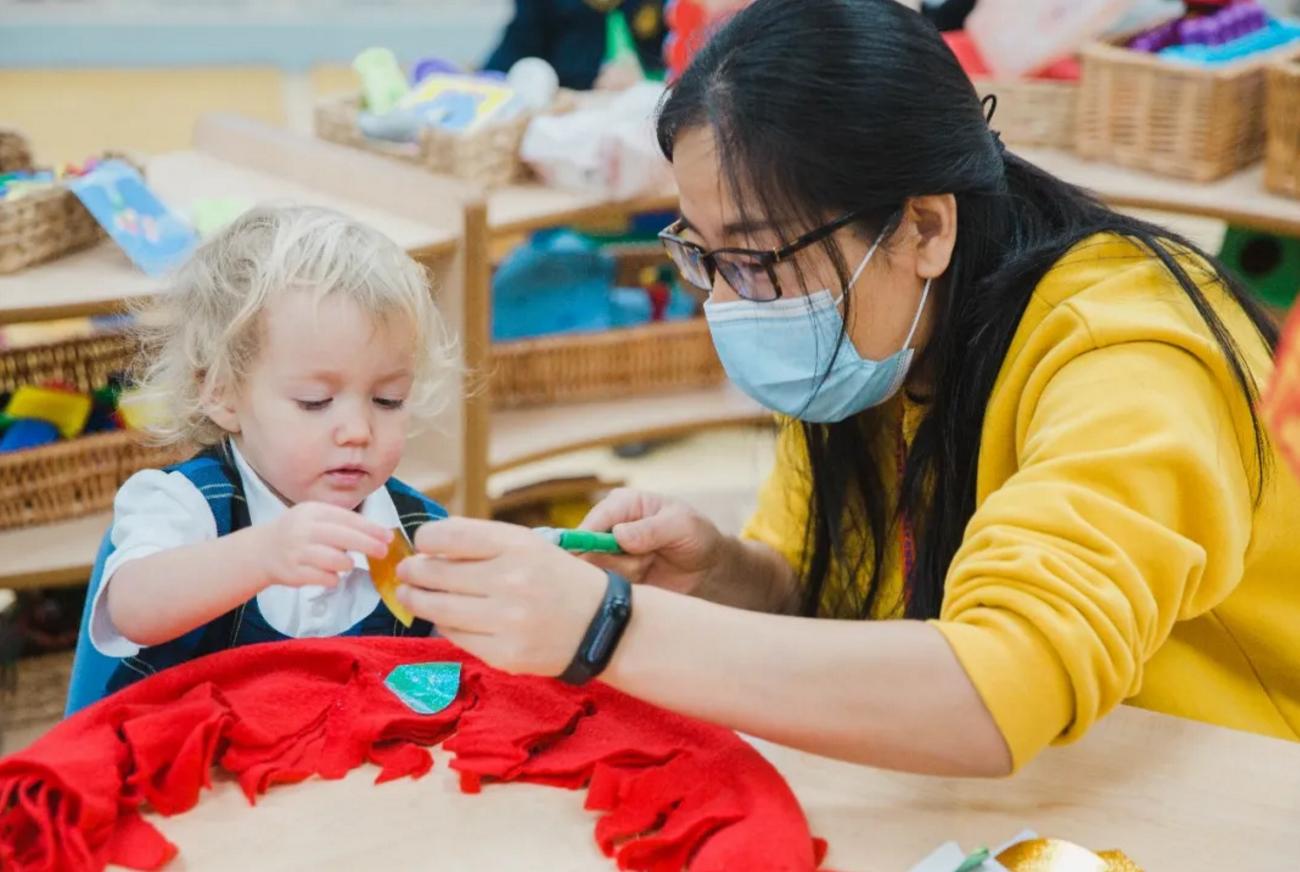 在惠灵顿天津双语幼儿园,积极的师生关系怎样助力孩子成长?
