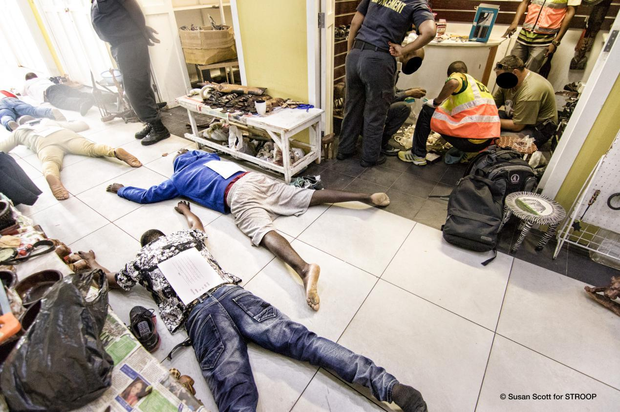 STROOP-Police-raid-arresting-wildlife-traffickers-South-Africa