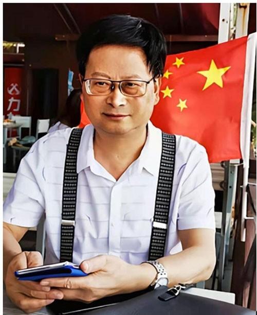 中西结合辟新径 历经卅载铸成果---李万泉