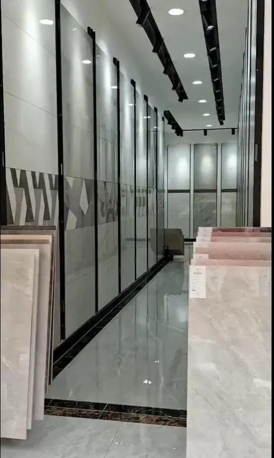 重磅喜讯:腾威陶瓷云南砚山店盛大开业