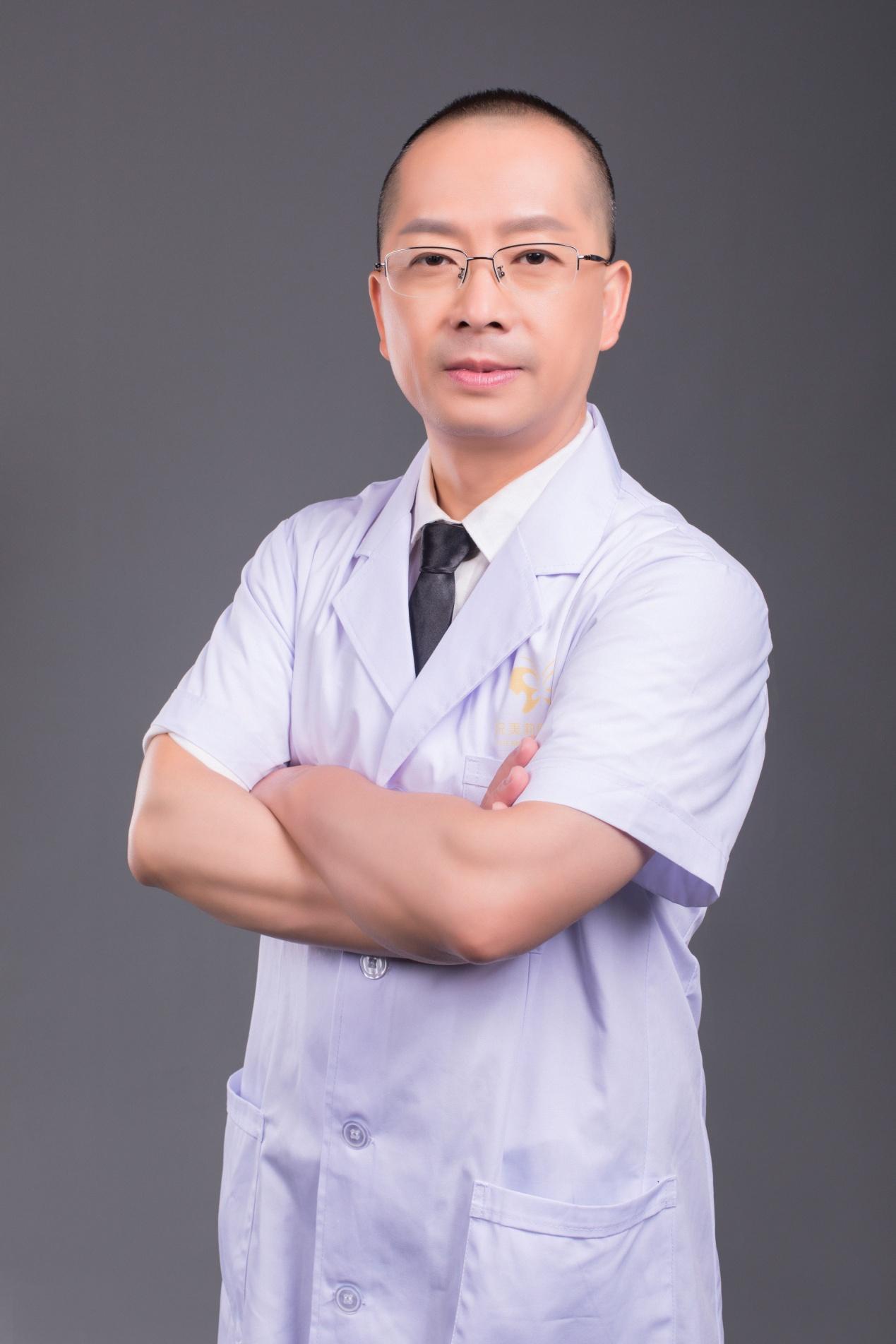 深圳悦美莉钟奇博士口碑怎么样 诚信行医温馨服务