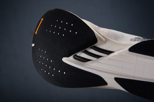 快无止境——adidas ADIZERO系列再添新款,不断刷新速度极限