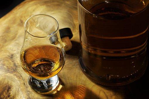 熬夜喝酒易伤肝!护肝还需水飞蓟的功效