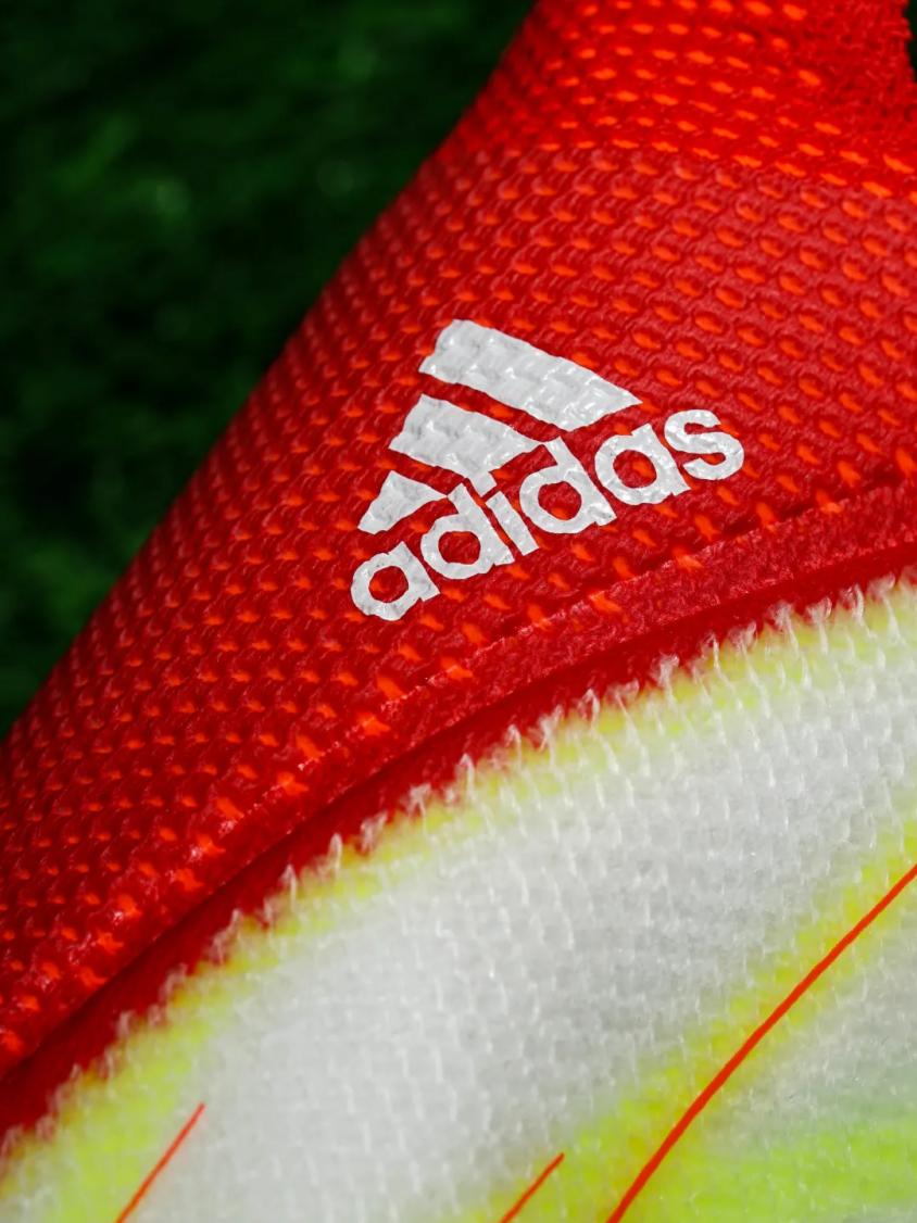 adidas官网推出梅西全新御用战靴,助其驰骋赛场,刷新疾速体验