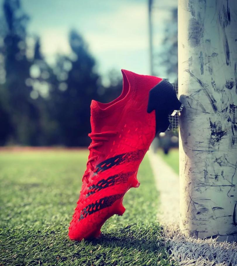 关注adidas官网,轻松掌握奥运战靴一手资讯