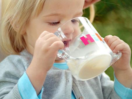 妈妈们的放心之选:自然营养 德国喜宝奶粉
