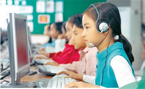 松鼠Ai智适应教育, 孩子学习的好帮手