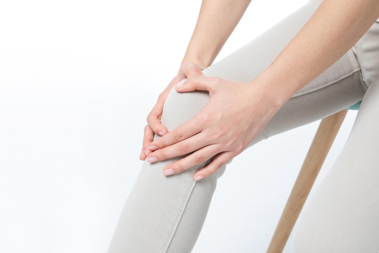 摄图网_501198163_banner_女性膝盖疼(非企业商用)