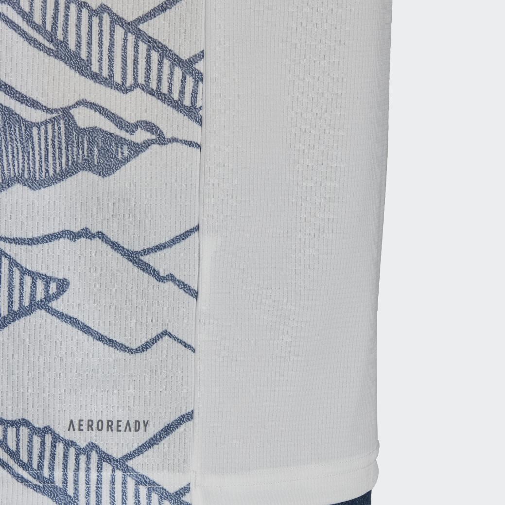 adidas全新发售拜仁慕尼黑新赛季第二客场球衣,特有地域元素设计,展现全新魅力