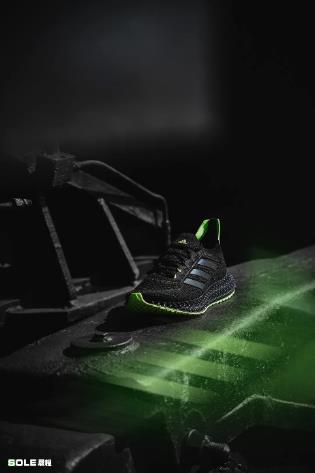 顺势而来,破势而为,阿迪达斯4D带来「科技」加持运动新纪元