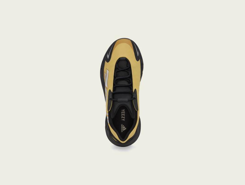 adidas YEEZY BOOST 700 MNVN新配色来袭