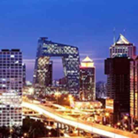 北京市今天最高气温33℃ 晚间阴转小到中雨